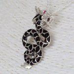 Aden's Jewels - Pendentif dragon-argent massif-nacre noire-Zirconium rouge-Femme-Homme-Noire-chaîne serpent incluse de la marque Aden's Jewels image 2 produit
