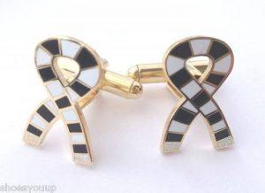 Askern Villa Écharpe personnalisable Coffret cadeau Boutons de manchettes plaqués or de la marque Emblems-Gifts image 0 produit