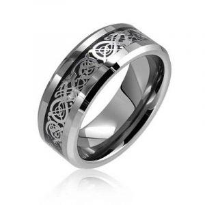 Bling Jewelry Bague de mariage Tungstène Encastré Dragon doré celtiques Confort plat de la marque Bling Jewelry image 0 produit