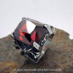 BOBIJOO Jewelry - Grosse Chevalière Bague Pierre Rouge Roi Fleur de Lys Sertie Solide Acier Inoxydable de la marque BOBIJOO Jewelry image 3 produit