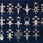 """Croix du Sud Touareg """"Agadès"""" en argent massif (""""teneghelt"""") avec collier à billes en Onyx de la marque Bijoux Touaregs Coopérative """"La Gazelle du Désert"""" image 4 produit"""