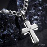 STERLL Chaîne pour hommes, avecun pendentif en forme de croix, avec une boite à bijou, idéale comme cadeau pour homme de la marque STERLL image 3 produit