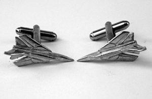 (Tornado GR4) Fighter Bomber boutons de manchette Avion, en étain anglais, dans une boîte cadeau de la marque Hoardersworld image 0 produit